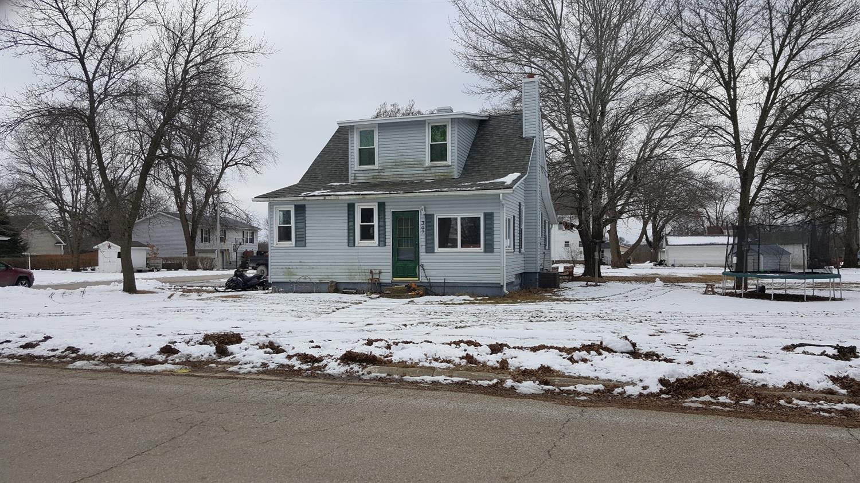 307 2nd Ave NE, Dayton, IA