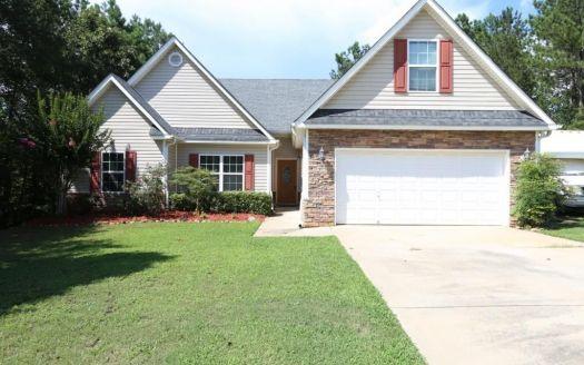 307 Hickory Rd, Jackson, GA