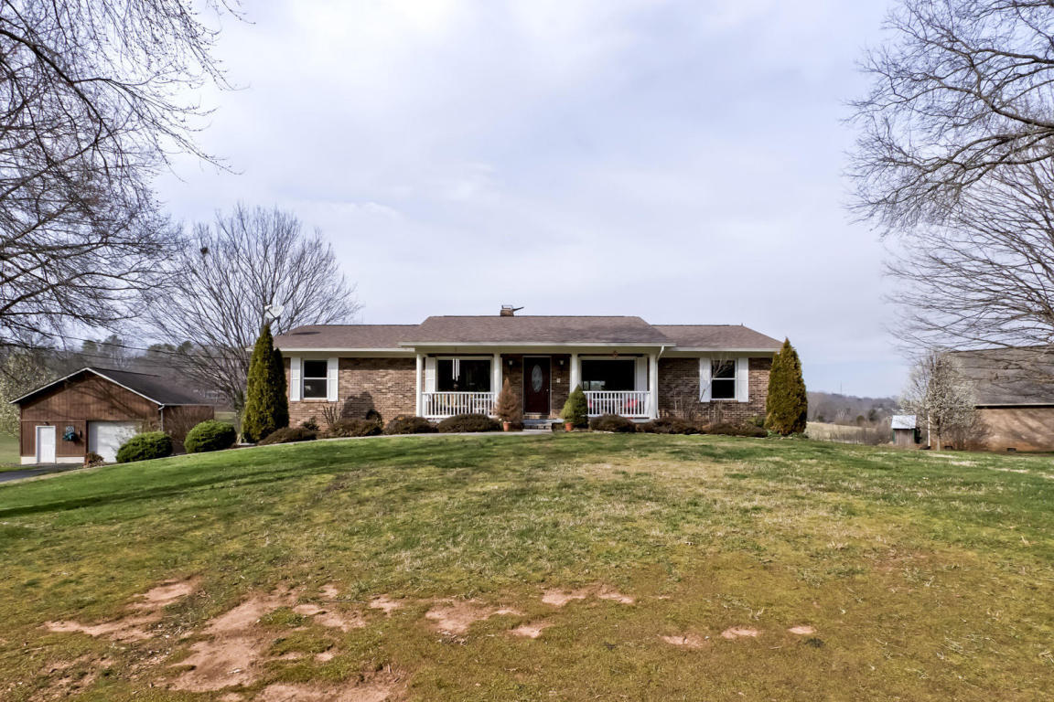 3144 Little Dug Gap Rd, Louisville, TN