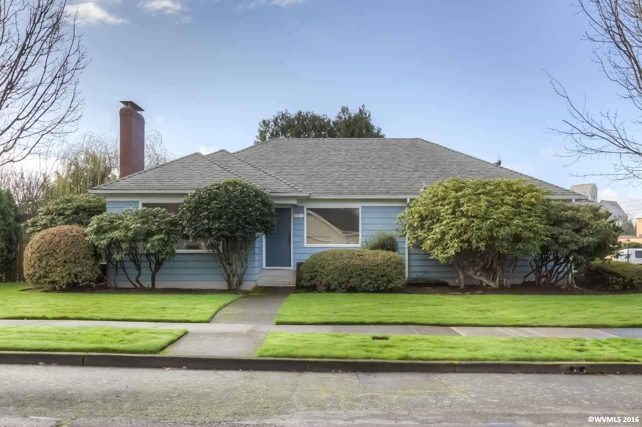 315 E College St, Mount Angel, OR