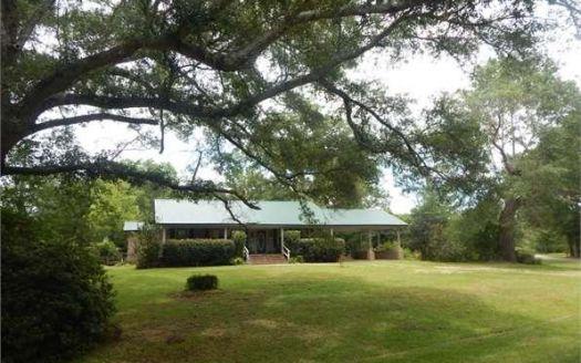 319 Old Holmesville Rd, Tylertown, MS