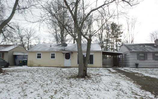 326 E Oregon Ave, Sebring, OH