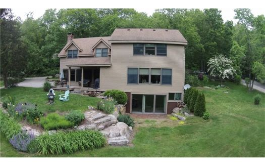34 Millers Pond Rd, Quaker Hill, CT