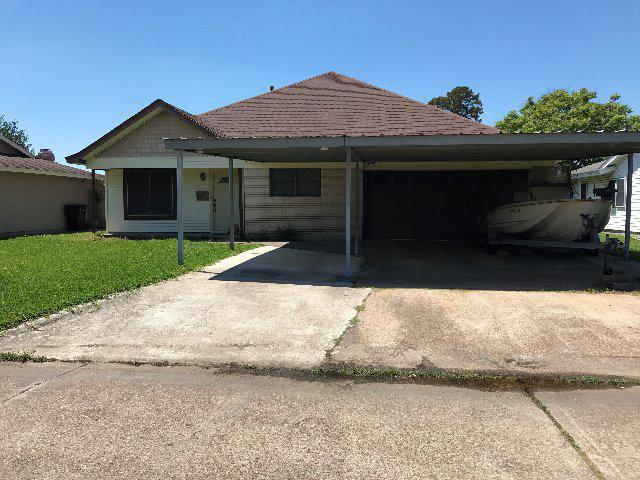 3516 Avenue L, Nederland, TX