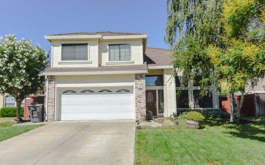 355 Lopez Ln, Tracy, CA