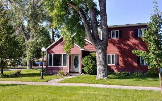 38 2nd Ave SW, Choteau, MT