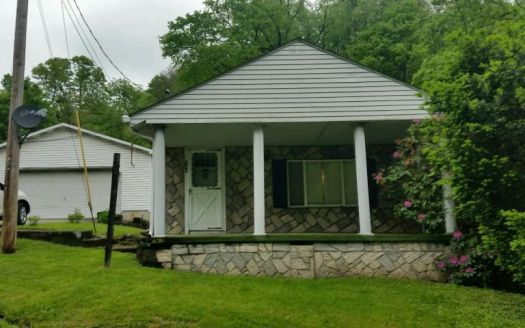 386 Yauger Hollow Rd, Lemont Furnace, PA