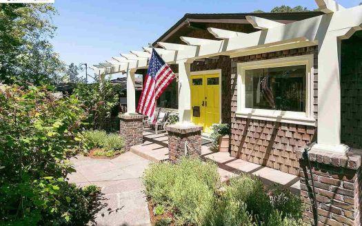 391 Moraga Ave, Piedmont, CA