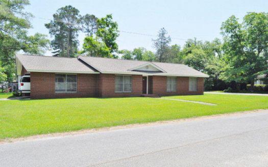401 N Gordon St, Fitzgerald, GA