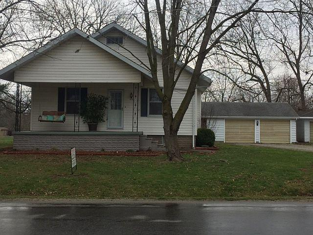 406 Liberty Ave, Newton, IL