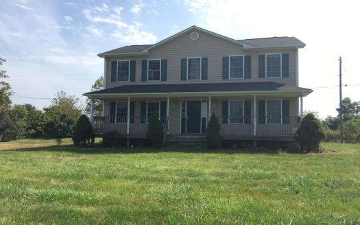 406 Russell Rd, Berryville, VA