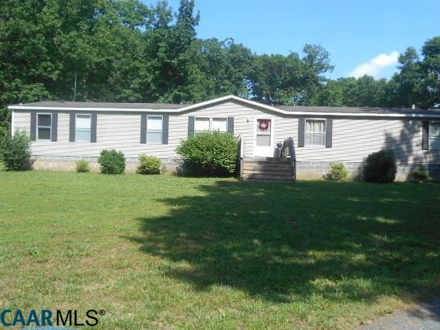 41 Dogwood Ln, Farmville, VA