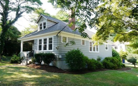 41 Old Colchester Rd, Quaker Hill, CT