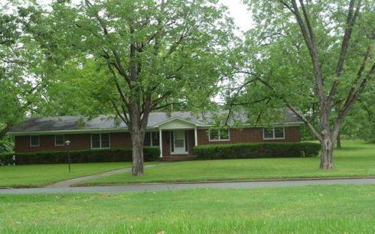 411 N Main St, Fitzgerald, GA