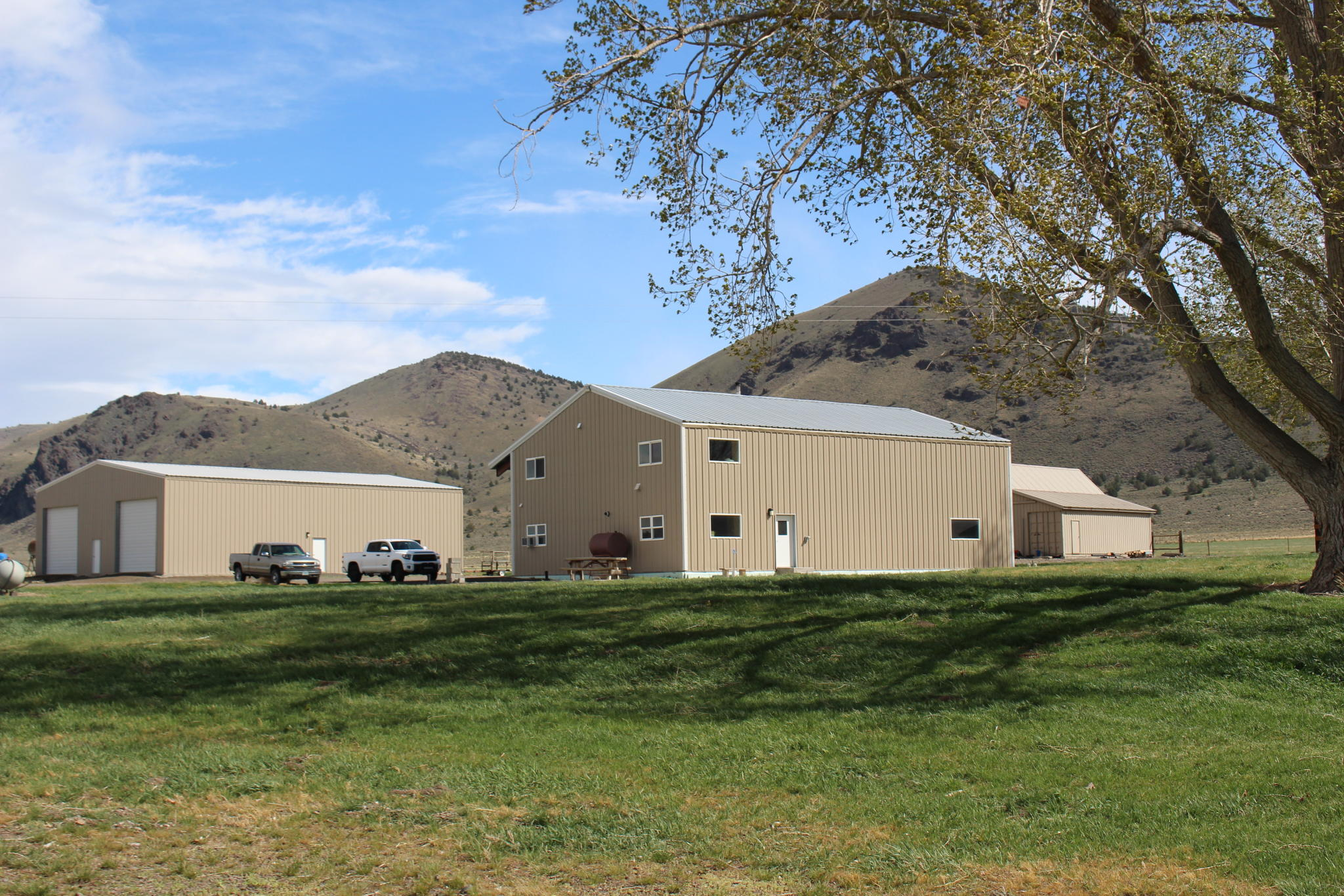 42201 Highway 31, Paisley, OR