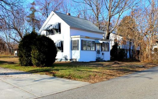 44 Poland St, Webster, MA