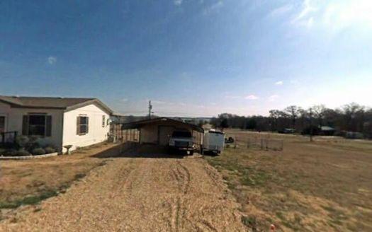 448 Hillside Dr, Kemp, TX