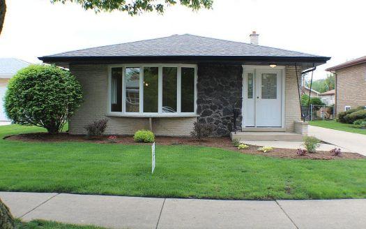 4509 Raymond Ave, Brookfield, IL