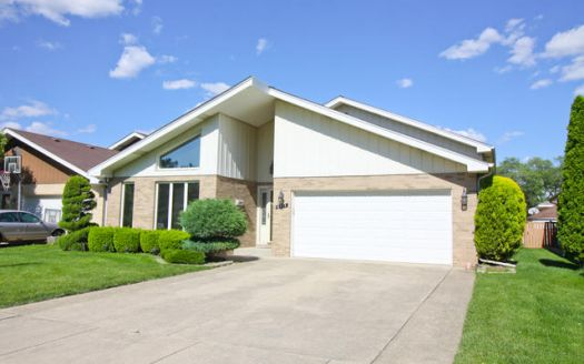 4523 Madison Ave, Brookfield, IL