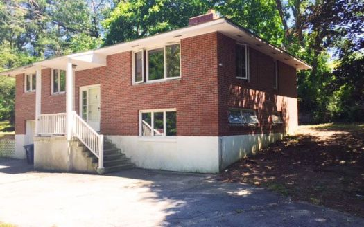 455 Mohegan Avenue Pkwy, Quaker Hill, CT
