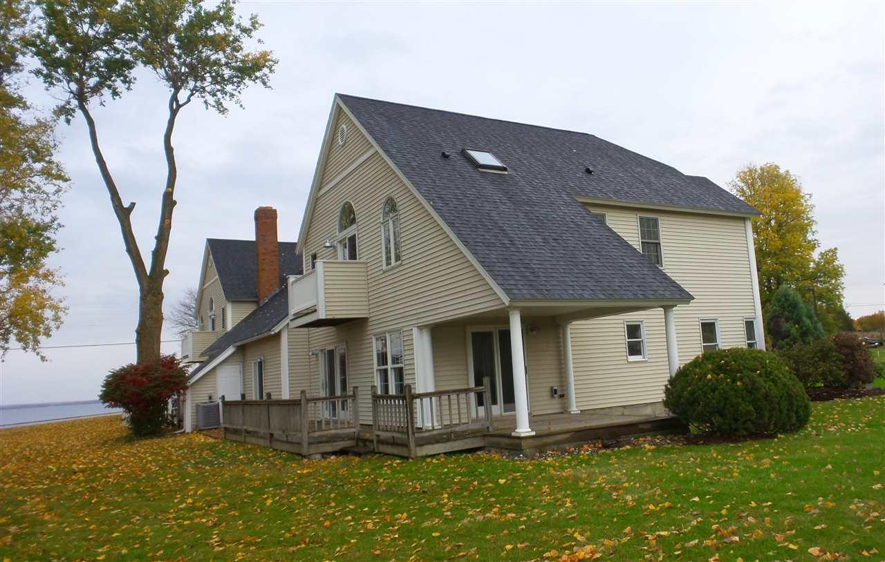 459 W Shore Rd, Alburgh, VT