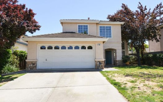 462 Charlemagne Ln, Tracy, CA