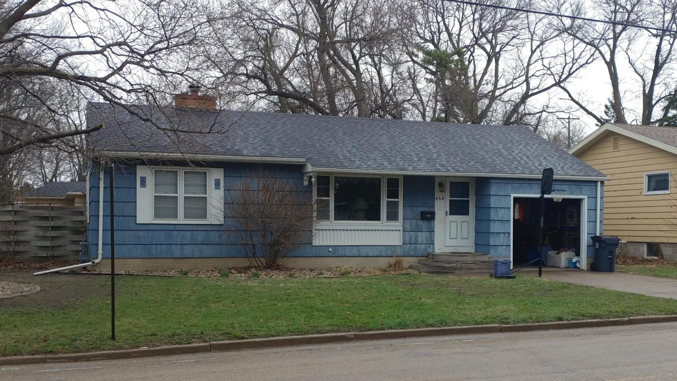 464 Center St, Tracy, MN