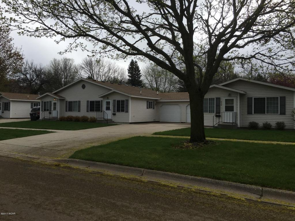 472 5th St, Tracy, MN