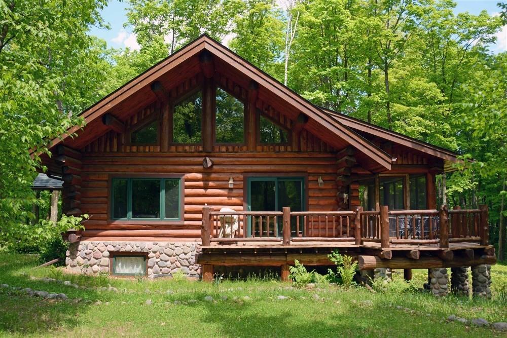 48100 Chapinwood Rd, Cable, WI