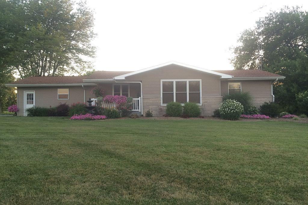 4883 N 725th St, Newton, IL