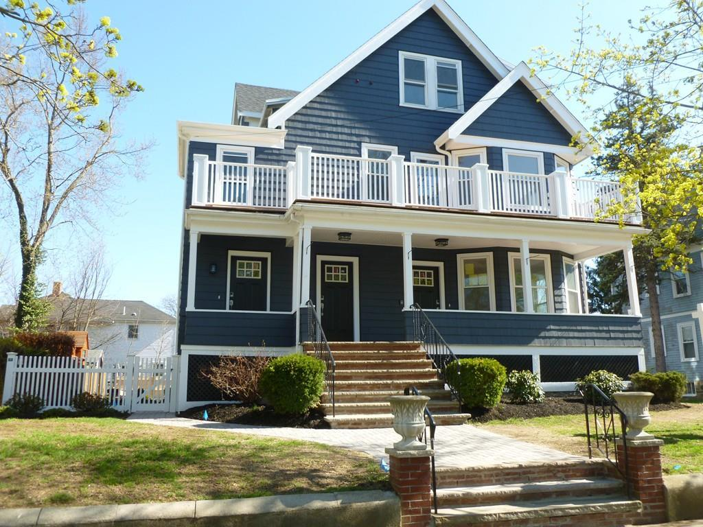 49 Clifford St, Melrose, MA