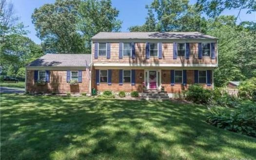 5 South Gate, Miller Place, NY