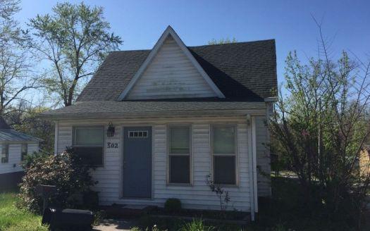 502 E Broad St, Jonesboro, IL