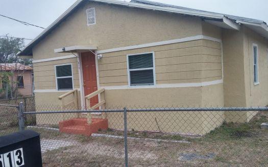 513 N 7th St, Haines City, FL