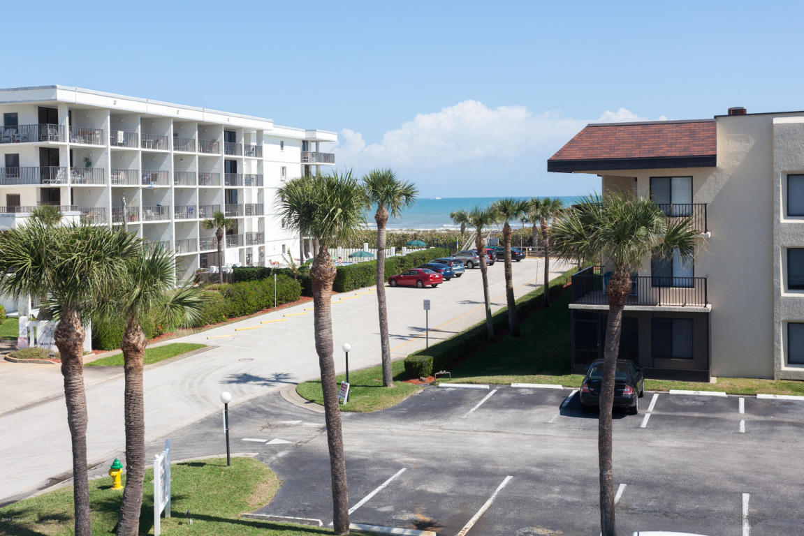523 Taylor Ave, Cape Canaveral, FL