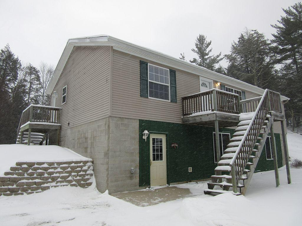 540N E Gulliver Lake Rd, Gulliver, MI