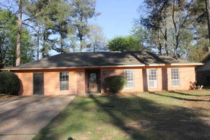 5828 Pepper Ridge Rd, Jackson, MS