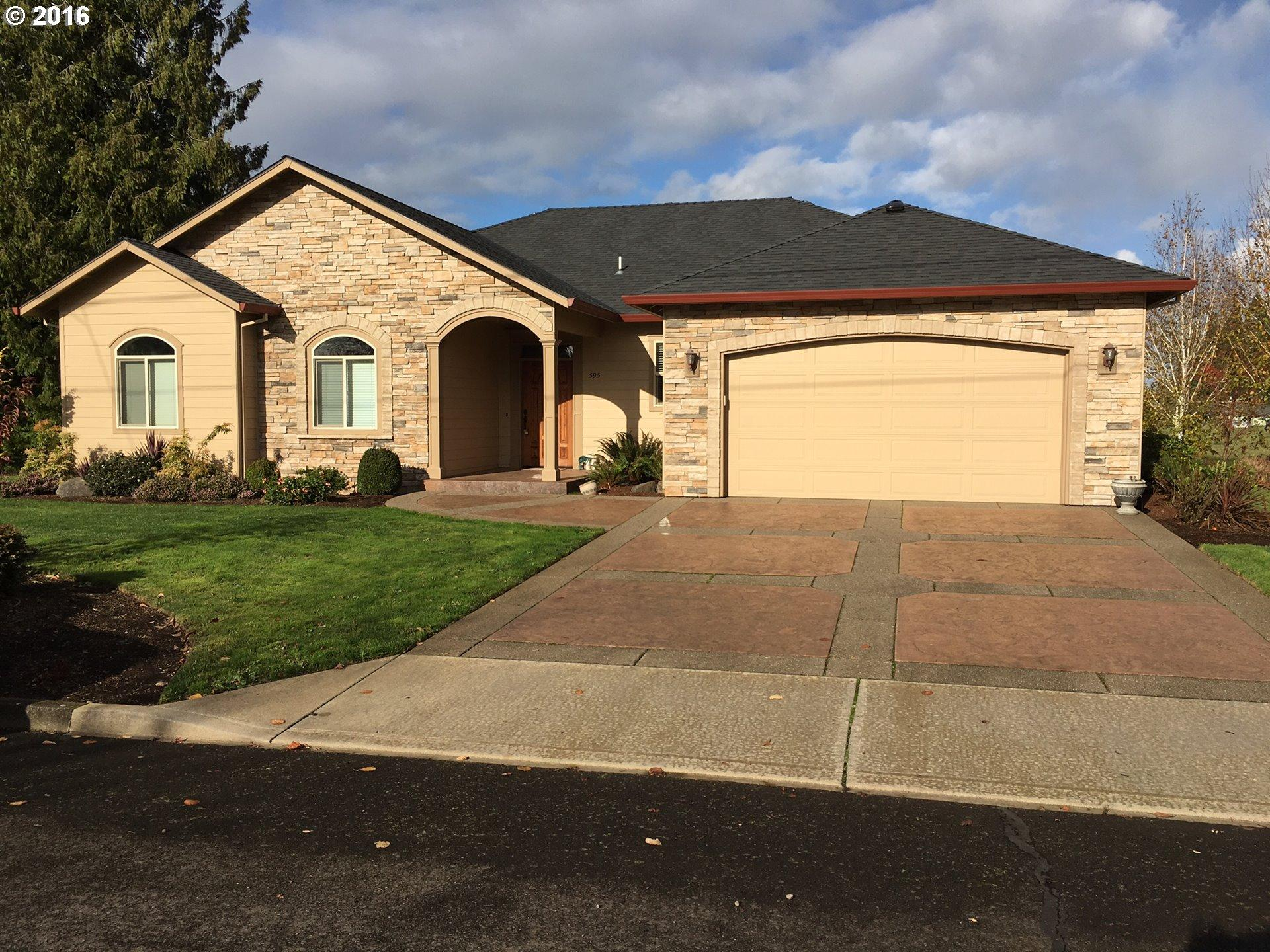 595 W Church St, Mount Angel, OR
