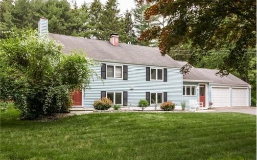 6 Linda Ct, Northford, CT