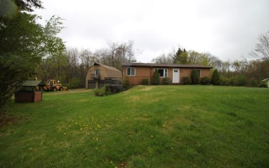 6 Treadwell Dr, Spencer, MA
