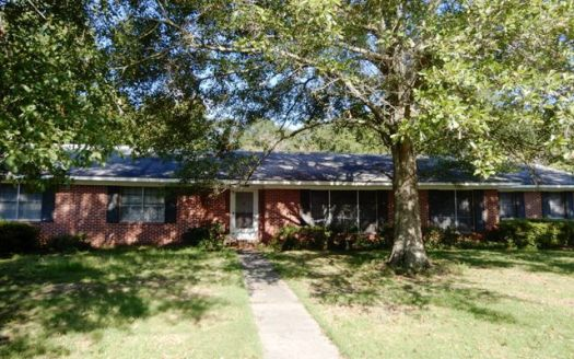 614 S Carney St, Atmore, AL