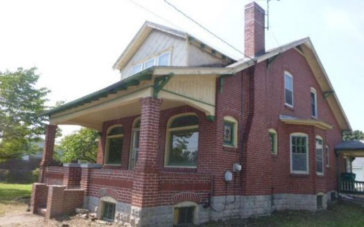 637 E Vine St, Pottstown, PA