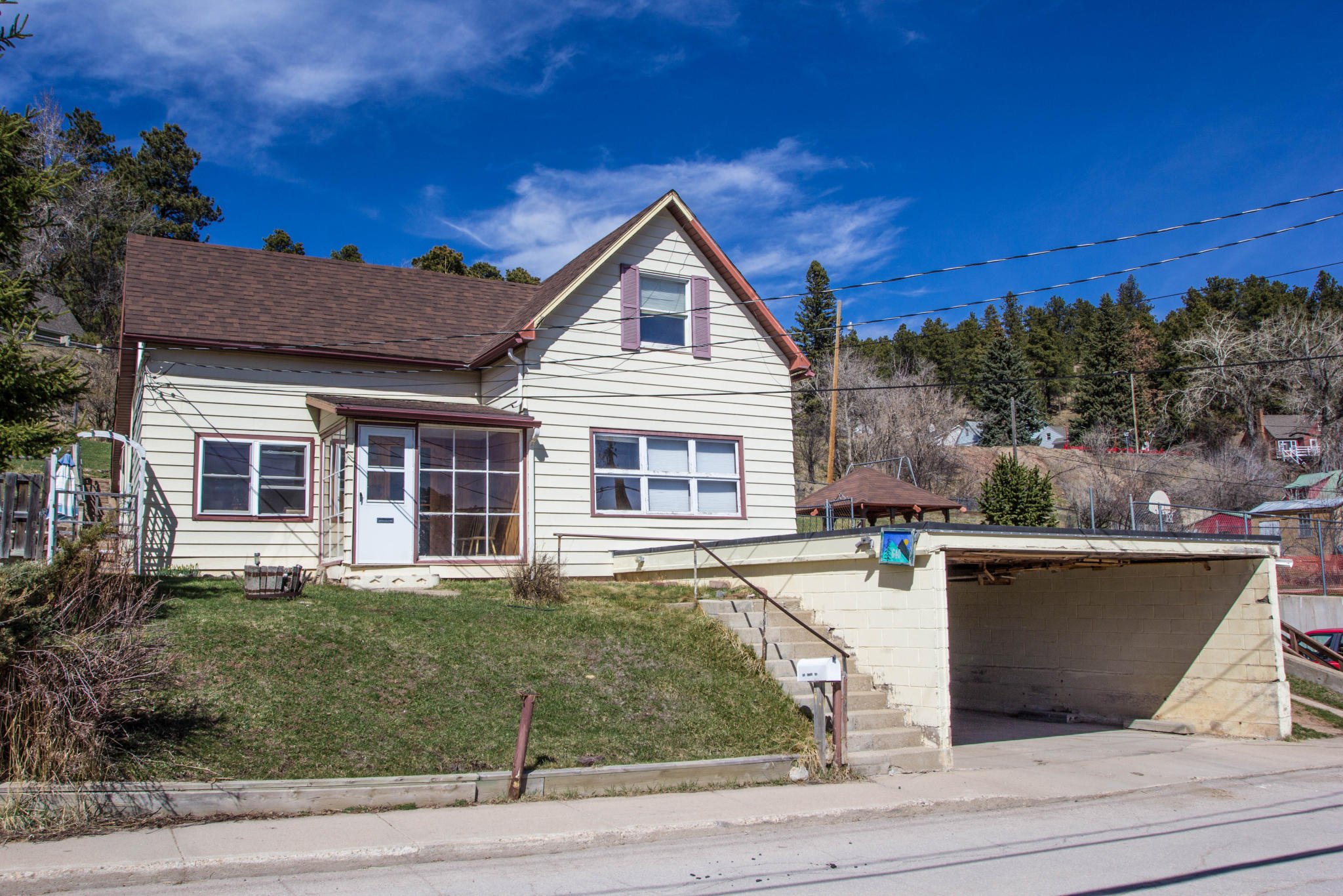640 Miners Ave, Lead, SD