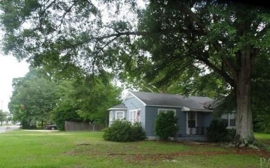 701 E Church St, Atmore, AL