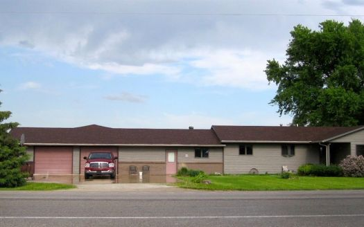 704 Adair St, Griswold, IA