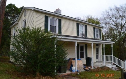 706 Grace St, Farmville, VA