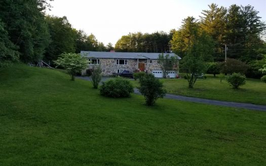 708 Mountain Ave, Purling, NY