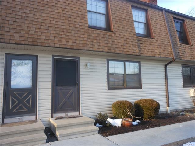 76 Homestead Ln, Brookfield, CT