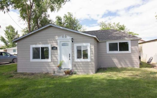 780 Riverside Ave, Grand View, ID