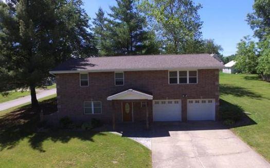 801 Clay St, Brookfield, MO
